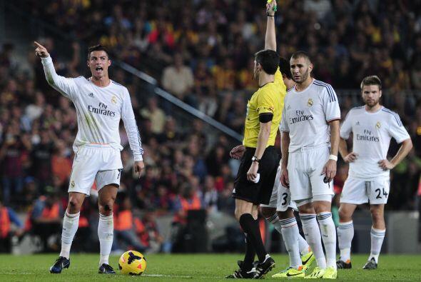 Las tarjetas del partido fueron para Busquets, Ramos, Bale, Khedira, Mar...