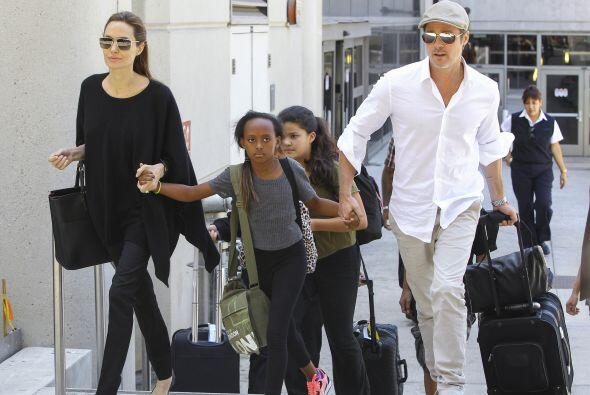 Los pequeños Maddox Chivan, Zahara Marley y Pax Thien son adoptados; y...