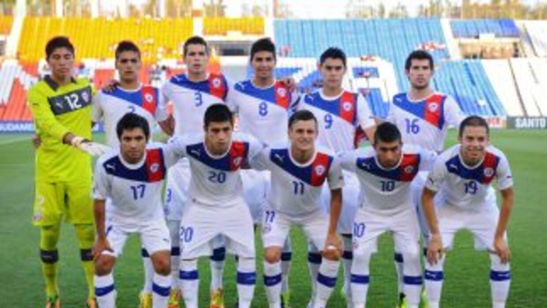 Chile derrotó a Paraguay por 3-2 en la cuarta jornada del Grupo A del Su...