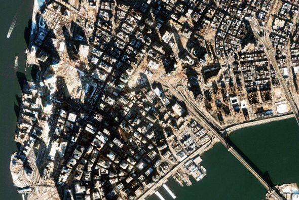Un año después, la denominada Zona Cero aún guardaba miles de toneladas...