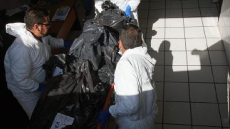 Autoridades comenzaron a identificar a las víctimas de la masacre en Gua...