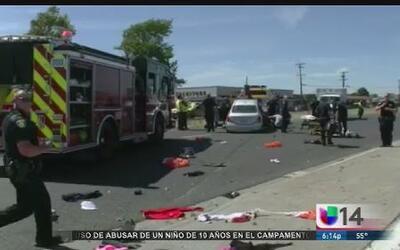 Conductor arrolla a varias personas en Vallejo