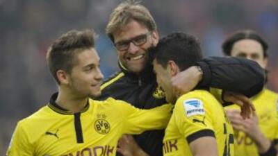 Borussia Dortmund celebra su triunfo sobre Stuttgart.
