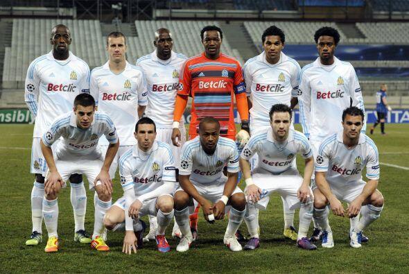 Olympique de Marsella: Mandanda; Azpilicueta, Diawara, Nkoulou, Morel; M...