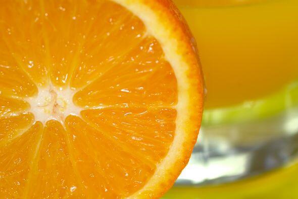 7-Los cítricos causa úlceras: Falso: Ningún cítrico puede ocasionar úlce...