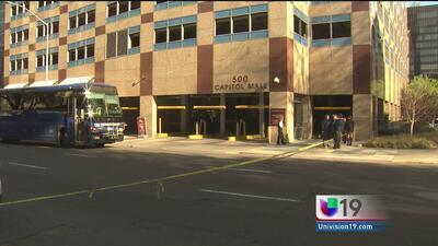 Autobús atropelló a mujer en el centro de Sacramento