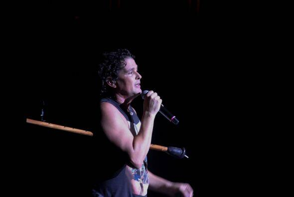 Carlos Vives se presentó en el Fillmore de Miami Beach en un conc...