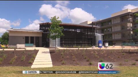 Inauguran un complejo de apartamentos para familias de bajos ingresos en...