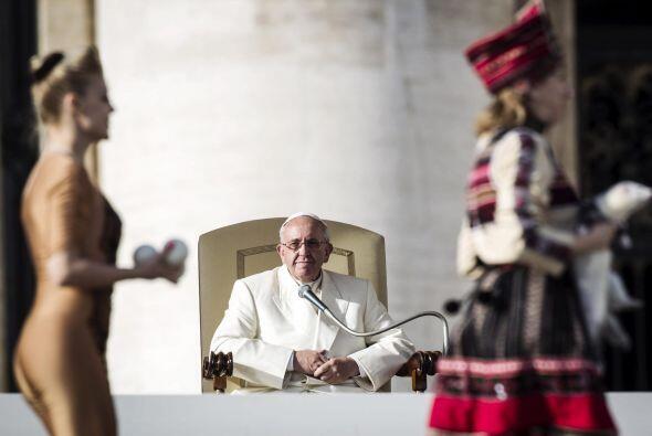 Previamente, durante su audiencia general, Francisco se refirió al Bauti...