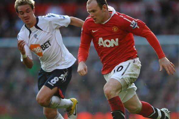 Manchester United enfrentó al Bolton con la obligación de...