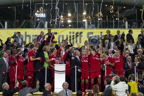 Y este duelo se volvió a dar en la disputa de la Supercopa holand...