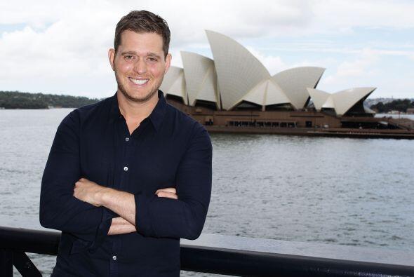 Michael Bublé en Australia. Mira aquí lo último en...