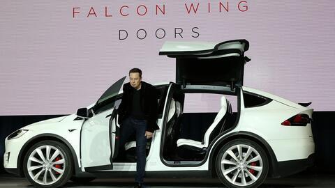Primera camioneta Tesla todo terreno sale al mercado