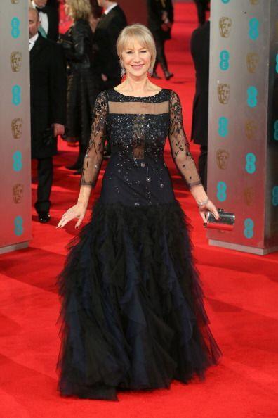¡La veterana actriz Helen Mirren fue una de las más elegantes de la noch...