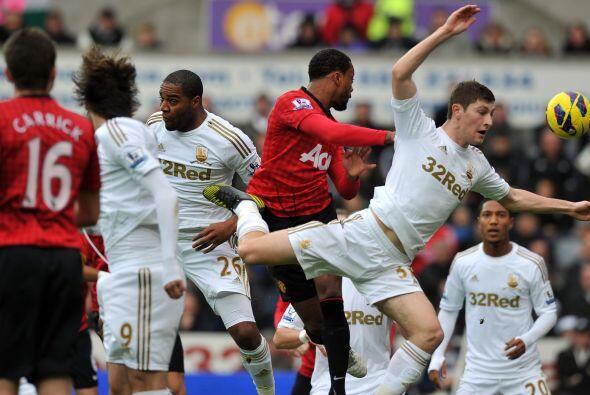 Evra marcó, y de cabeza, el tanto de los 'Red Devils' ante Swansea.