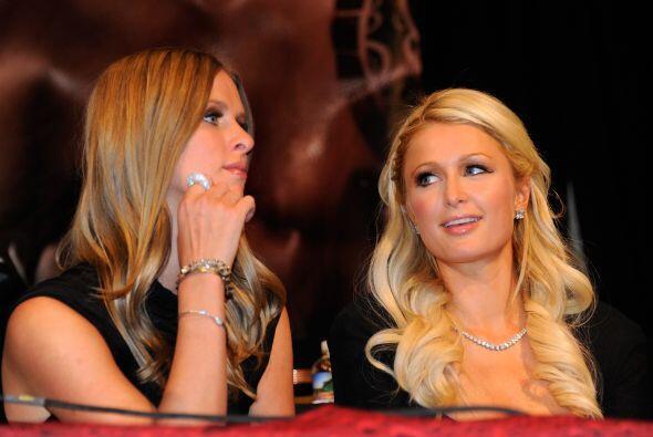 Paris Hilton felicita a Manny Pacquiao