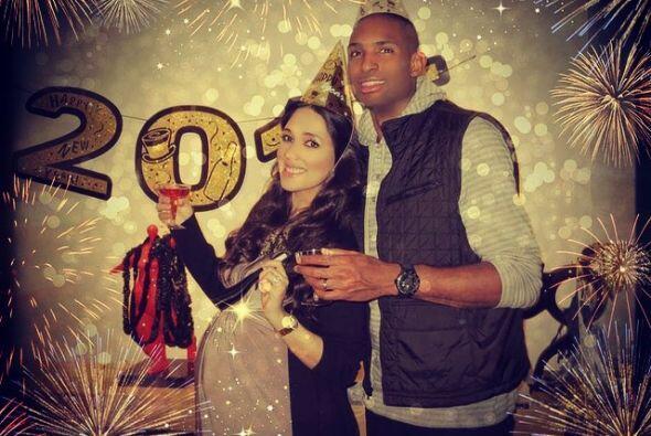 Así recibieron el año nuevo, listos para recibir a su nene.