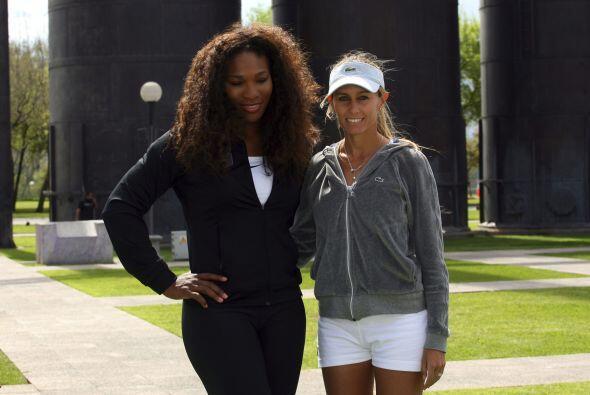 La estadounidense Serena Williams y la argentina Gisela Dulko dieron un...