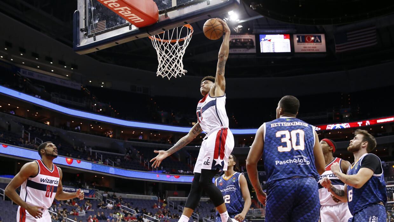 Wizards de Washington arrolló 134-100 al brasileño Bauru.
