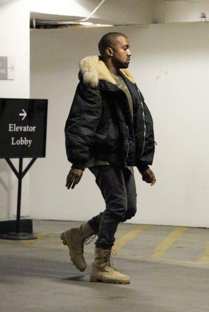 Y Kanye no se veía muy animado que digamos.