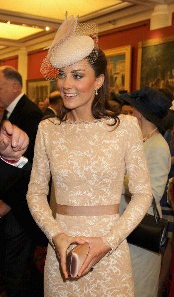 La duquesa de Cambridge no dudó en conseguir un 'nude dress' para...