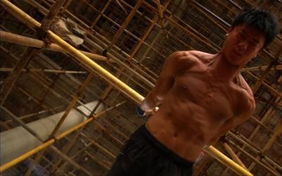 Un obrero chino se convierte en una estrella en las redes con sus ejerci...