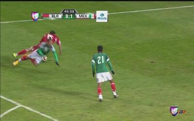 México hace penalti sobre Bielorrusia ¿Fue o no fue?