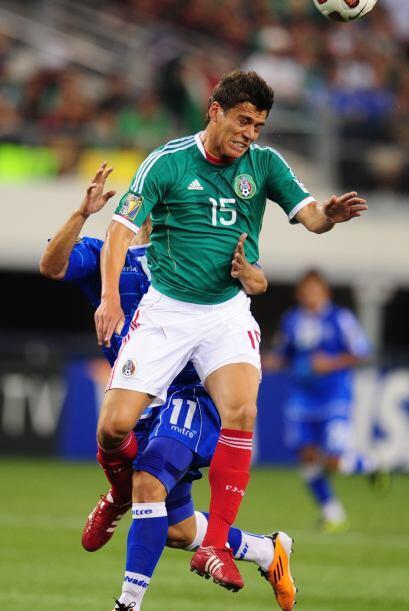 Un mexicano que ya cambió de club en medio de la Copa es el zaguero Héct...