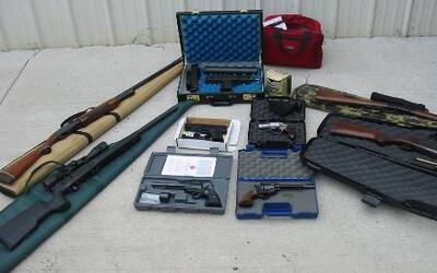 Catorce agentes fueron encontrados culpables por operación 'Rápido y Fur...