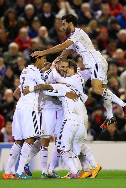 El Liverpool no pudo en casa y cayó por 0-3 ante el Real Madrid c...