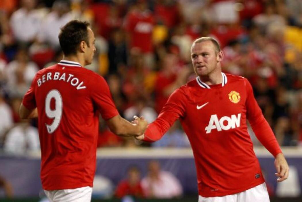 Wayne Rooney y Dimitar Berbatov jugaron disputaron con el Manchester Uni...