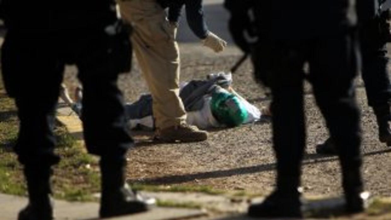 La ola de violencia que ha causado más de 34,000 muertes en México se ex...