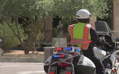 Un paquete sospechoso provoca el cierre de calles en Phoenix