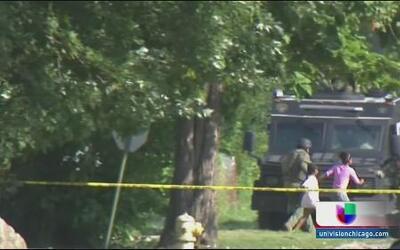 Quedan libres 6 niños rehenes por más de 20 horas en Illinois