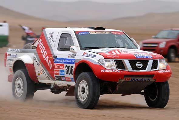 El equipo Nissan sigue luchando por escalar posiciones en la clasificaci...