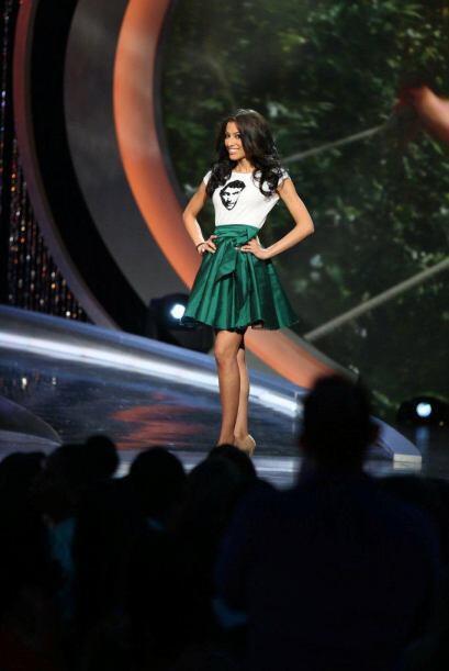 Karina Correa también dijo adiós en la primera gala.