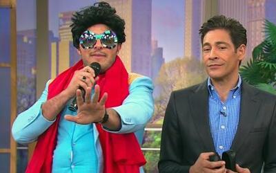 Juanga quiere cantar con Johnny 'Súbete a mi burro'