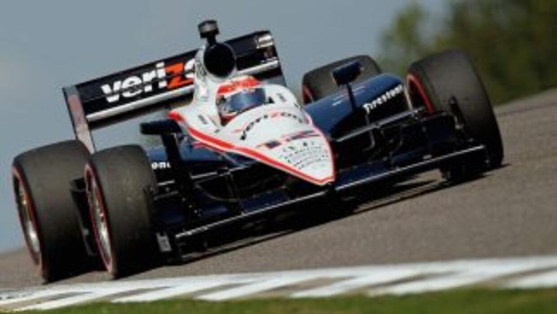 La victoria, la quinta en la carrera de Power-, lo colocó en el primer l...