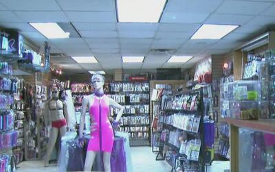 Buscan a los tres sospechosos de apuñalar al empleado y robar una tienda...