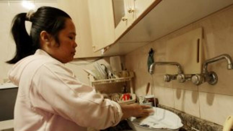 En México, un estudio del INEGI, reportó que los empleados domésticos so...