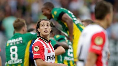 Andrés Guardado jugó los 90 minutos en el debut de la temporada del PSV.