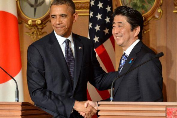 El presidente se reunió con el primer ministro nipón, Shinzo Abe.