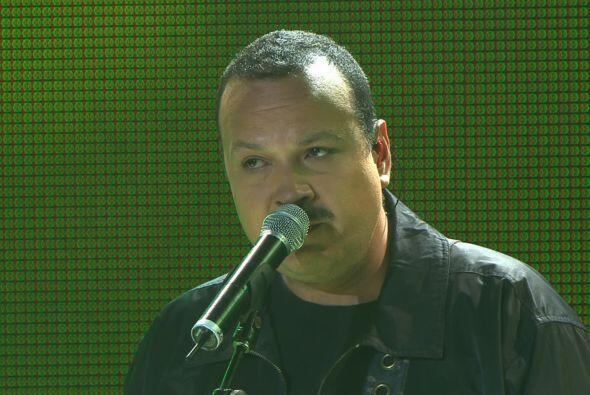 Pero no sólo fue Pepe Aguilar, quien cantó al lado de los...
