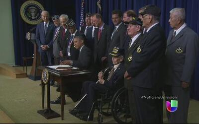 Soldados del regimiento 65 de infantería de Puerto Rico reciben honores