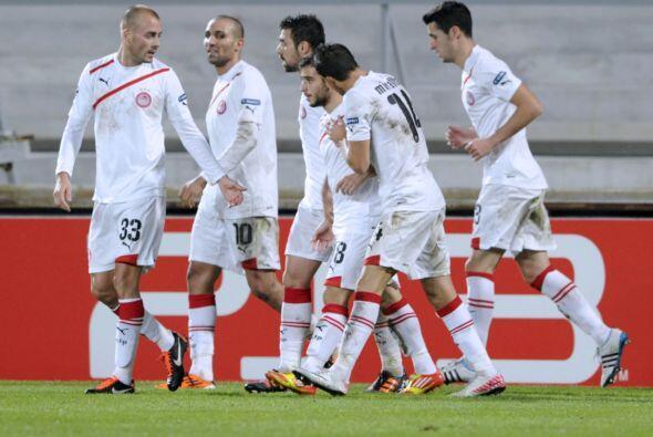 Y un gol de Ioannis Fetfatzidi fue suficiente para que el Olympiakos gan...