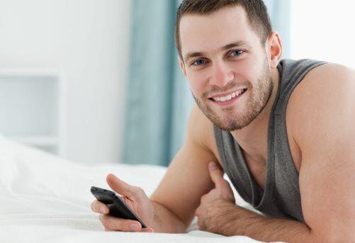 """""""Un celular o un novio hahaha""""-Veronica Serrano."""