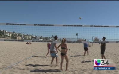 Vóleibol en las playas del sur de California