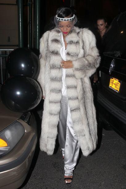 ¿Y para el frío? Esta diva en cierta ocasión usó un tremendo abrigo que...
