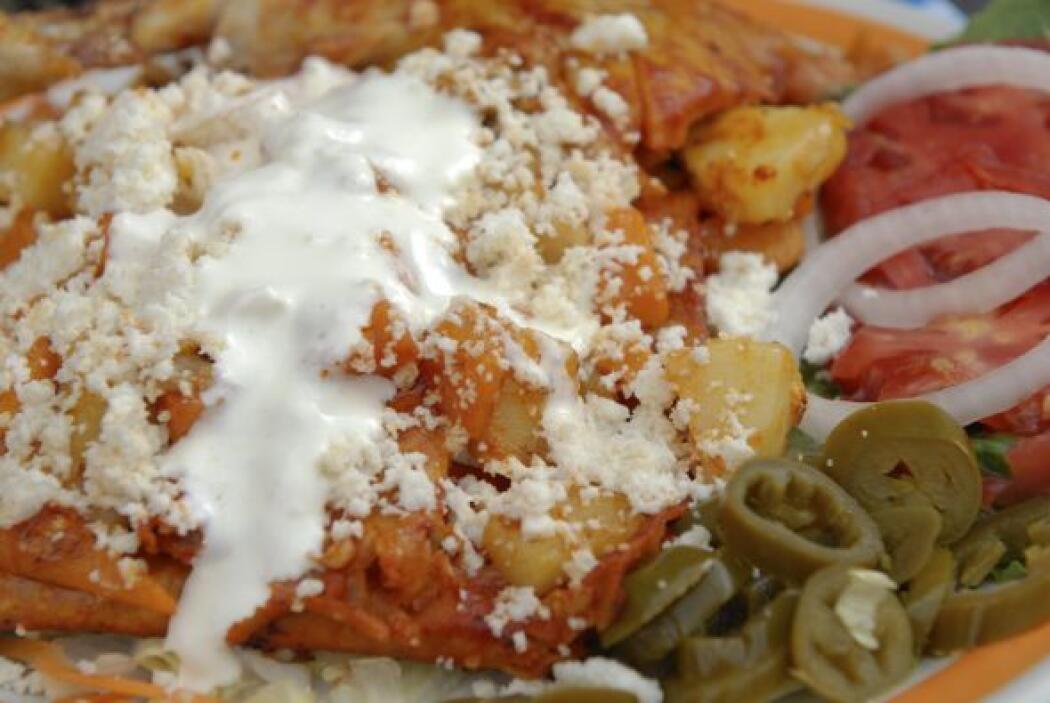 Enchiladas de papa y frijoles: Este platillo es muy sencillo de preparar...