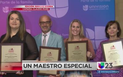 Univision reconoce a Maestros Especiales de Miami